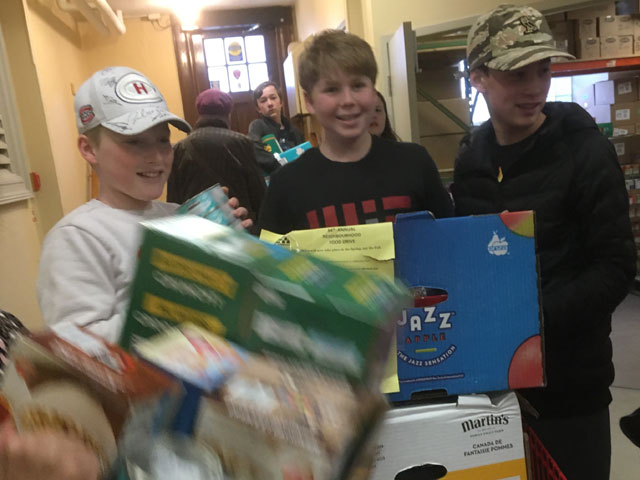 youth volunteers at Churches on-the-Hill Foodbank